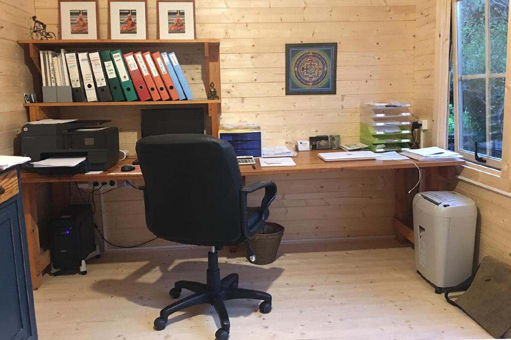 משרדים מעץ